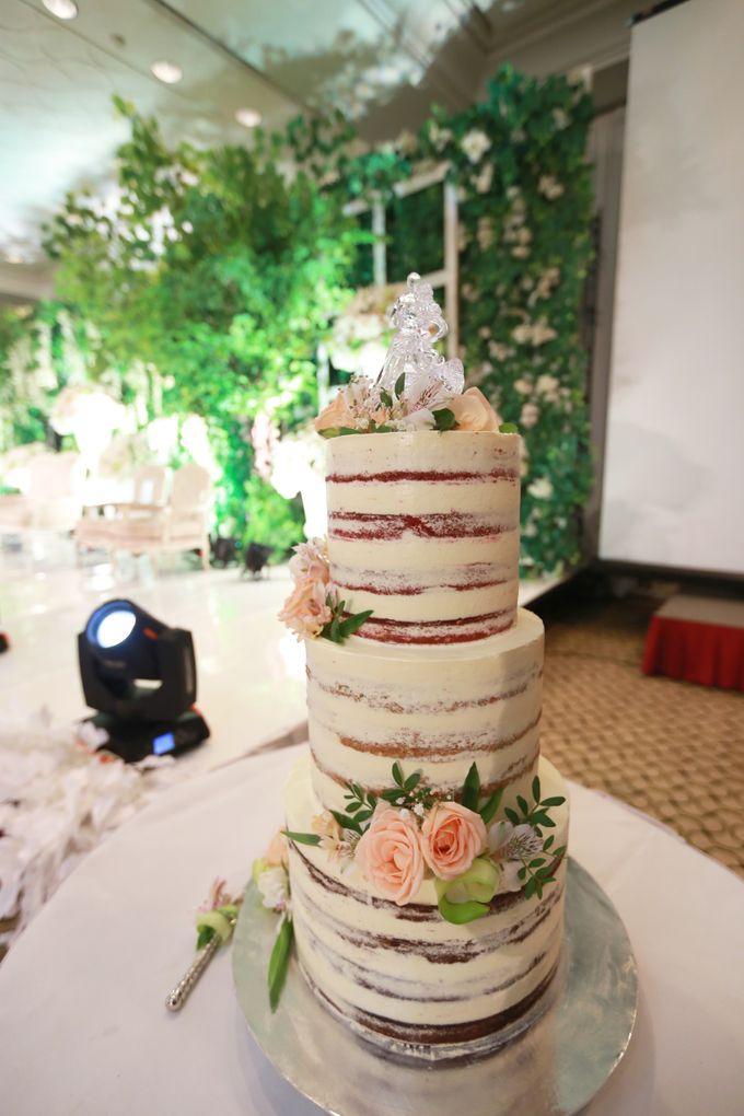 Wedding Cake - Arnold & Dea by Lareia Cake & Co. - 005