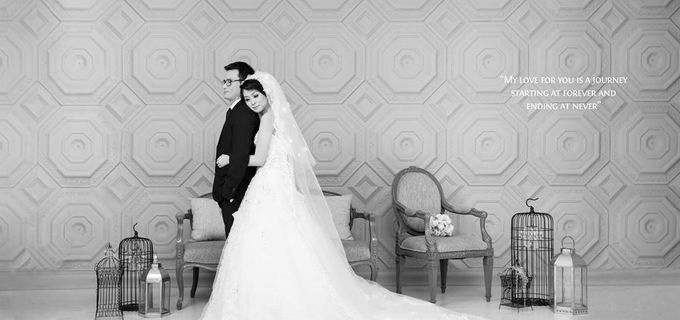 Indoor Prewedding 02 by King Foto & Bridal Image Wedding - 001