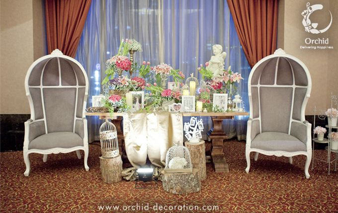 Life began in a garden by Orchid Florist and Decoration - 002