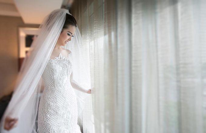 Lukman & Vylen Wedding by Imelda Hudiyono Bride - 009