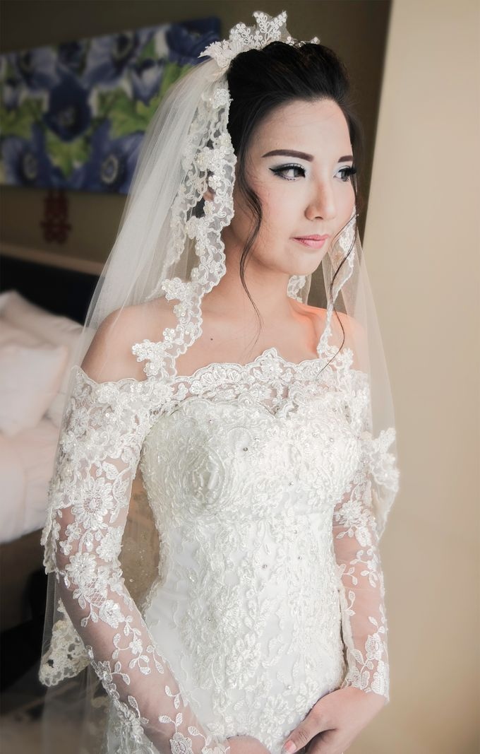 Terrycatherina & Arifs wedding by Stephanie Amanda Couture - 001