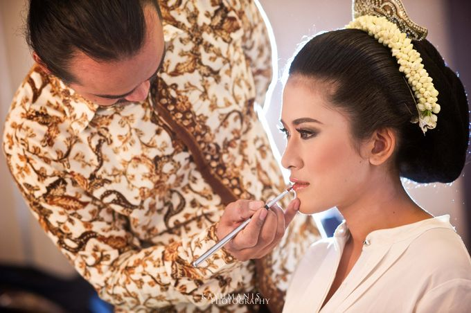 Gessa And Adjie Wedding Ceremony by D&D Professional Make Up Artist & Kebaya By Dindin Nurdiansyah - 001