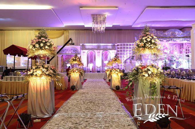 Farah dirga wedding by eden design bridestory add to board farah dirga wedding by eden design 001 junglespirit Images