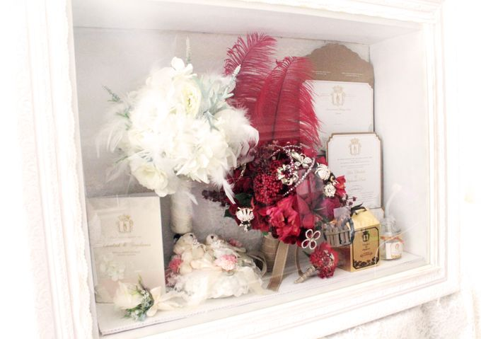 Frame Bouquet by Cup Of Love Design Studio - 002