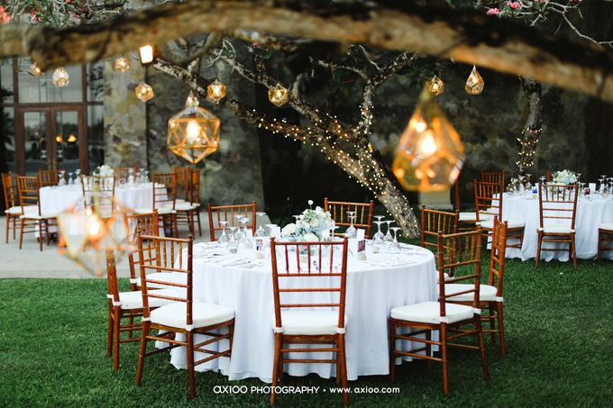 A classic Garden Wedding at Luminious Courtyard Amanusa by Yeanne and Team - 013