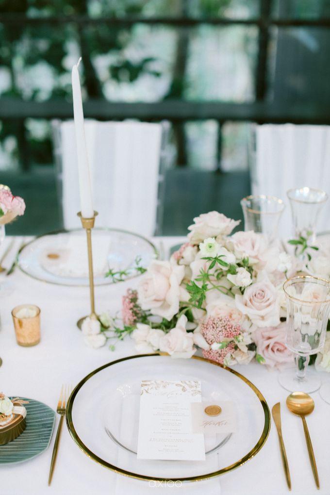 Elegant Peach Nude Wedding at Tirtha Glasshouse by Silverdust Decoration - 028