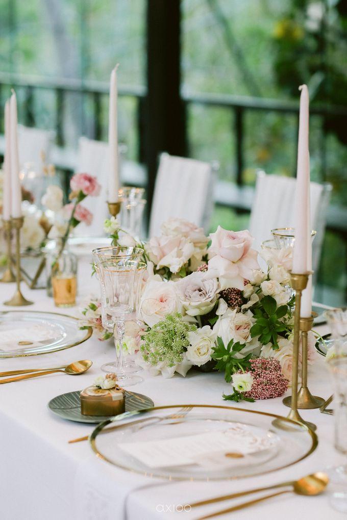 Elegant Peach Nude Wedding at Tirtha Glasshouse by Silverdust Decoration - 034