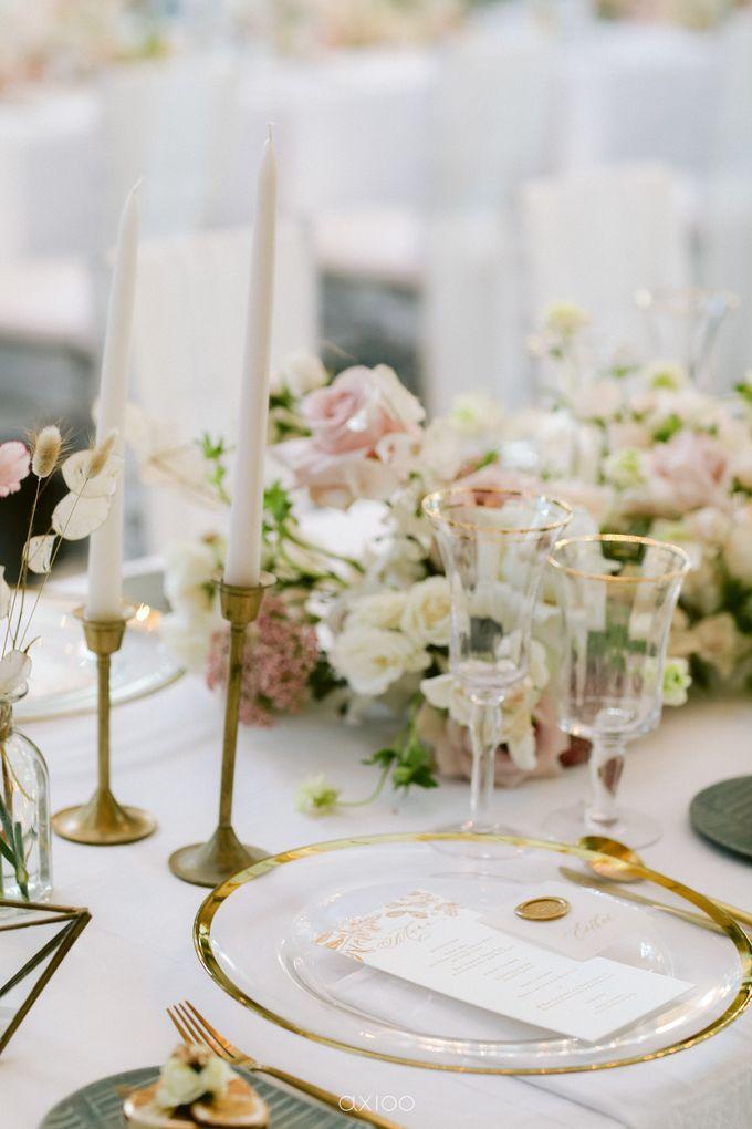 Elegant Peach Nude Wedding at Tirtha Glasshouse by Silverdust Decoration - 038