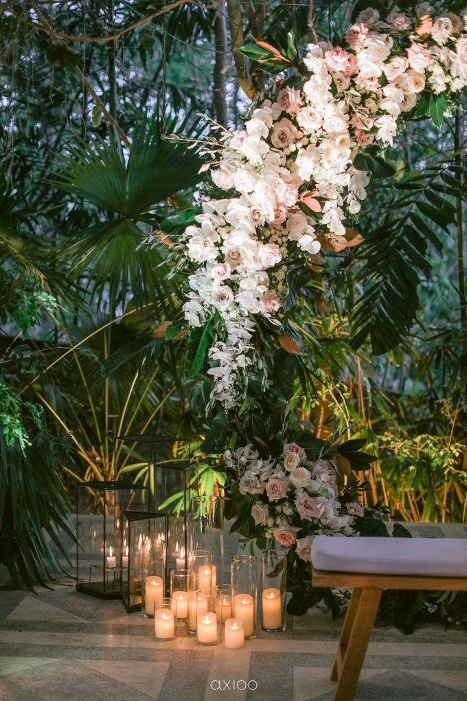 Elegant Peach Nude Wedding at Tirtha Glasshouse by Silverdust Decoration - 045