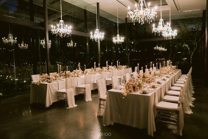 Elegant Peach Nude Wedding at Tirtha Glasshouse by Silverdust Decoration - 047