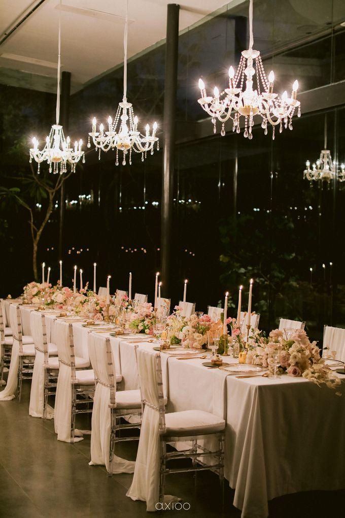 Elegant Peach Nude Wedding at Tirtha Glasshouse by Silverdust Decoration - 048