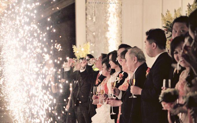 Hendra + natalie   wedding by alivio photography - 018