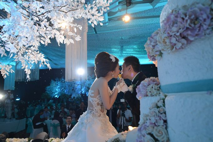Adi & Aprilia Wedding Day by Overdream Production - 006