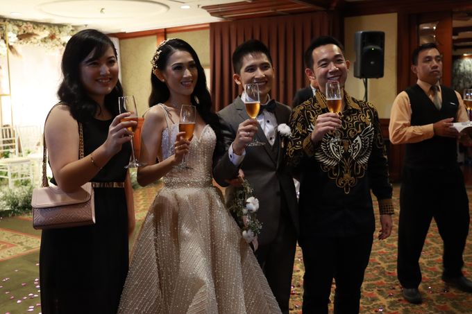 MC Intimate Wedding At Mercantile Jakarta - Anthony Stevven by tanmell makeup - 006