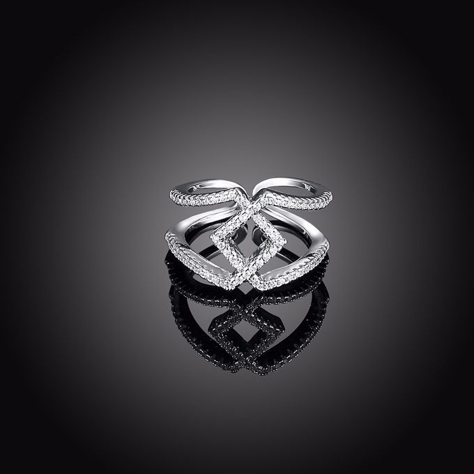 TIARIA Diamond Stack Gold Ring Perhiasan Cincin Emas Berlian by TIARIA - 002