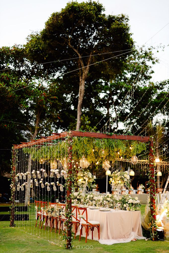 Playful Elegant Beach-front Wedding in Bali by Silverdust Decoration - 018