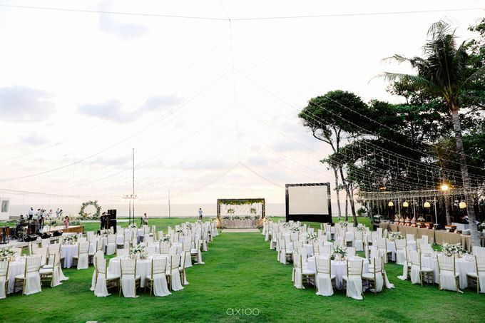 Playful Elegant Beach-front Wedding in Bali by Silverdust Decoration - 020