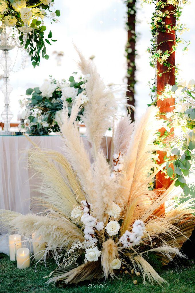 Playful Elegant Beach-front Wedding in Bali by Silverdust Decoration - 022