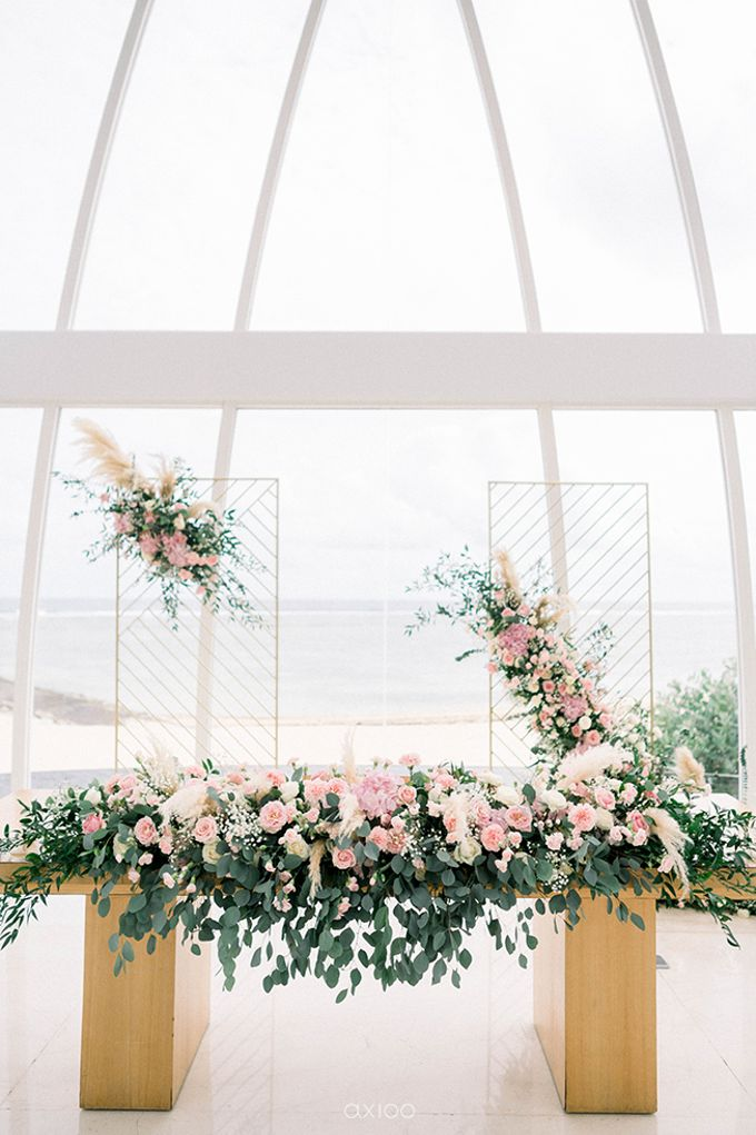 Julia & Liam Modern Sweet Wedding by Silverdust Decoration - 011