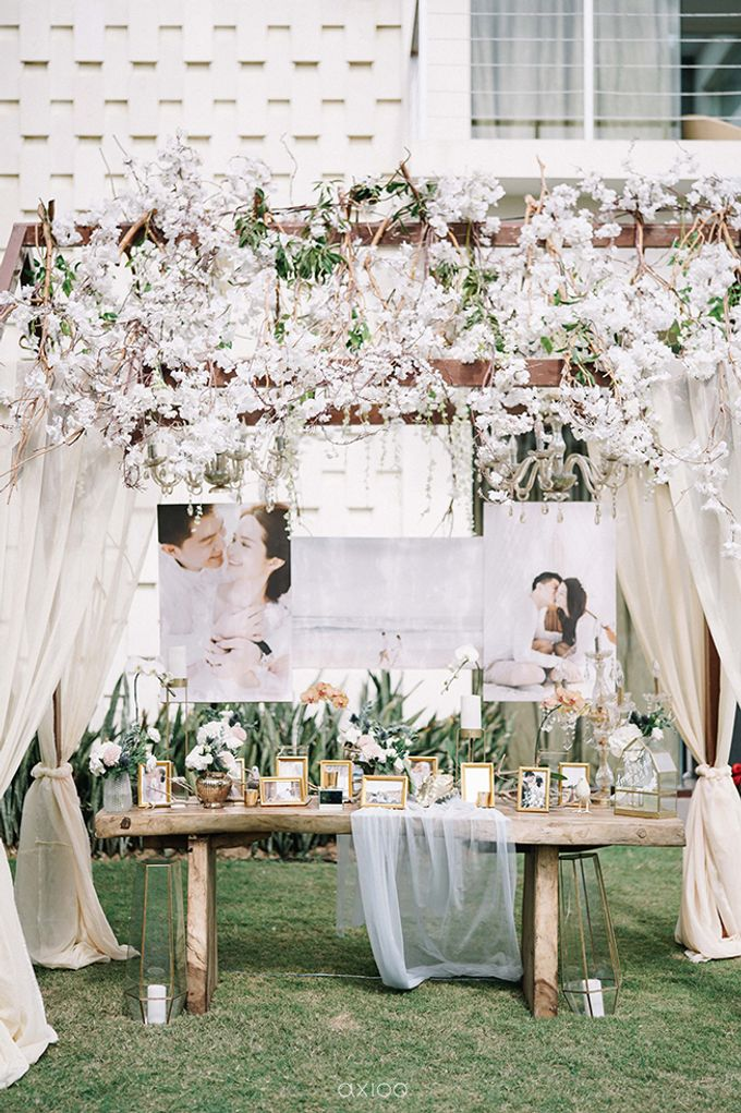 Villa Phalosa - Serene Dusty Blue Wedding by Flora Botanica Designs - 012