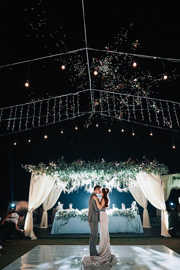 Villa Phalosa - Serene Dusty Blue Wedding by Flora Botanica Designs - 039