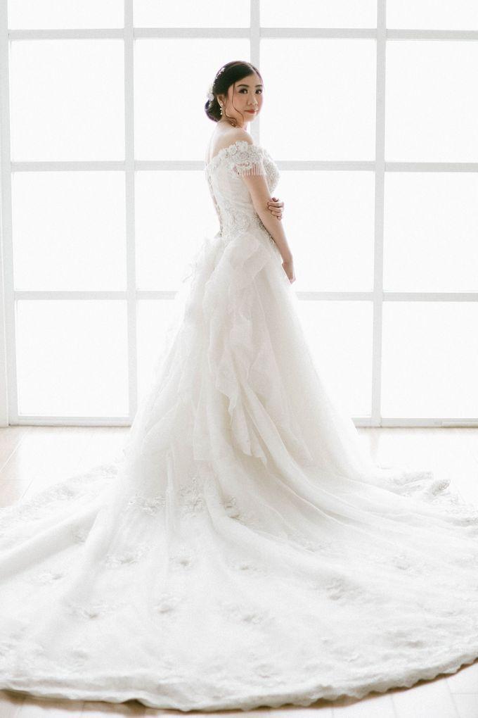 Prewedding Photoshoot of Felik & Shella by Favor Brides - 002