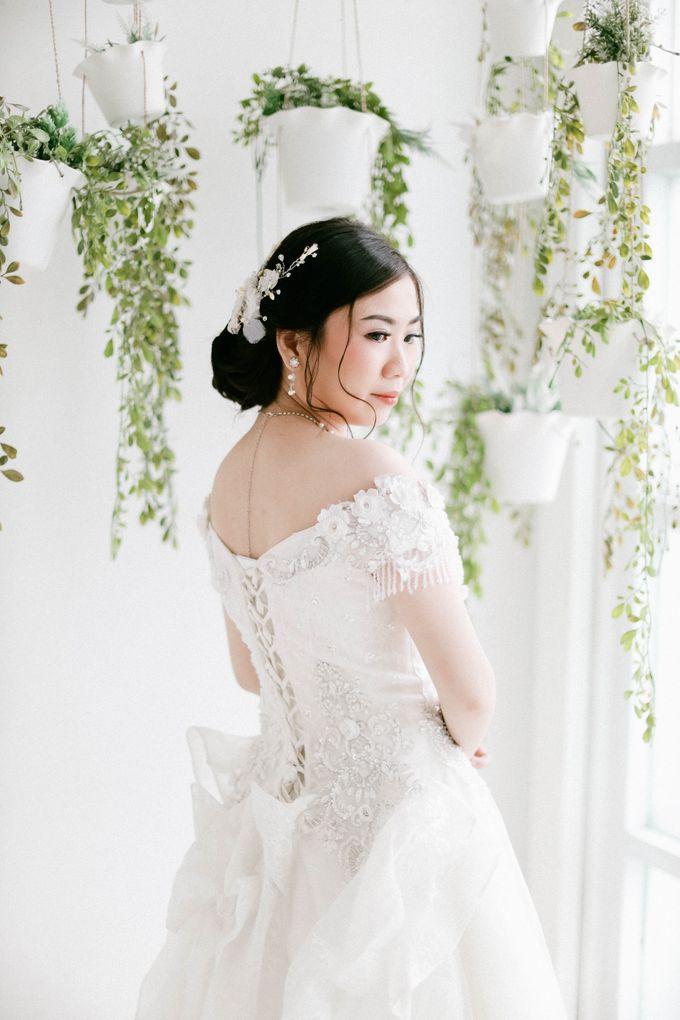 Prewedding Photoshoot of Felik & Shella by Favor Brides - 018