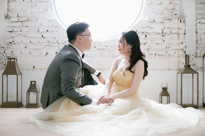 Prewedding Photoshoot of Felik & Shella by Favor Brides - 015