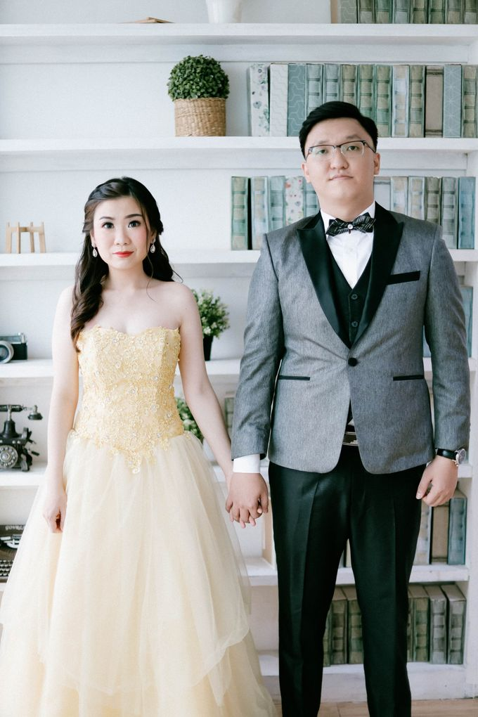 Prewedding Photoshoot of Felik & Shella by Favor Brides - 014