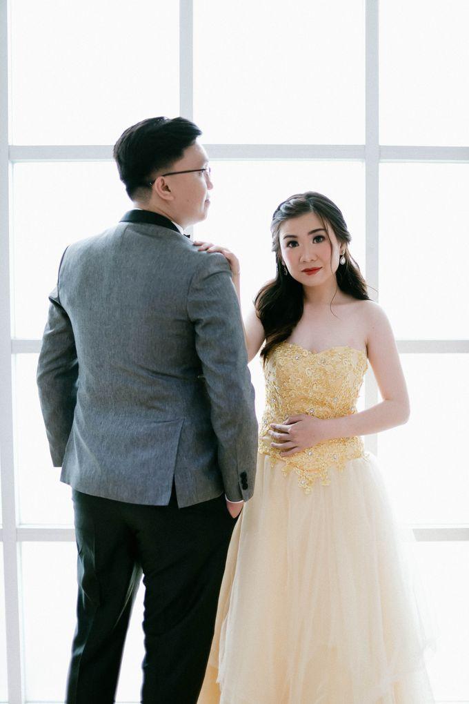 Prewedding Photoshoot of Felik & Shella by Favor Brides - 011