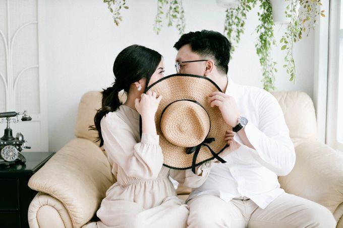 Prewedding Photoshoot of Felik & Shella by Favor Brides - 013