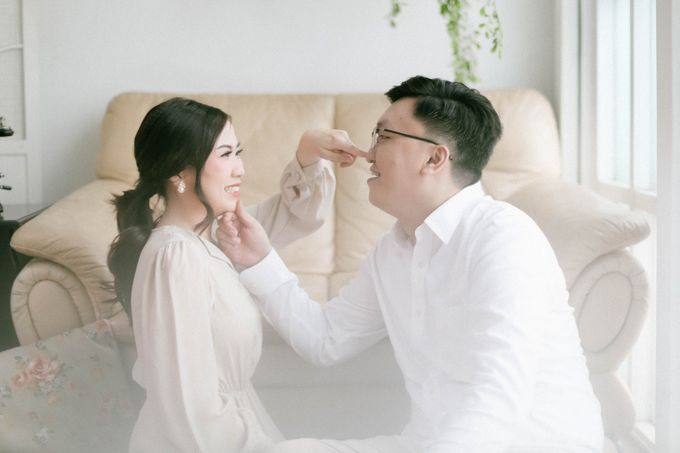 Prewedding Photoshoot of Felik & Shella by Favor Brides - 005