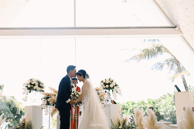 Romantic and Surprised Wedding by Magnifica Organizer - 025