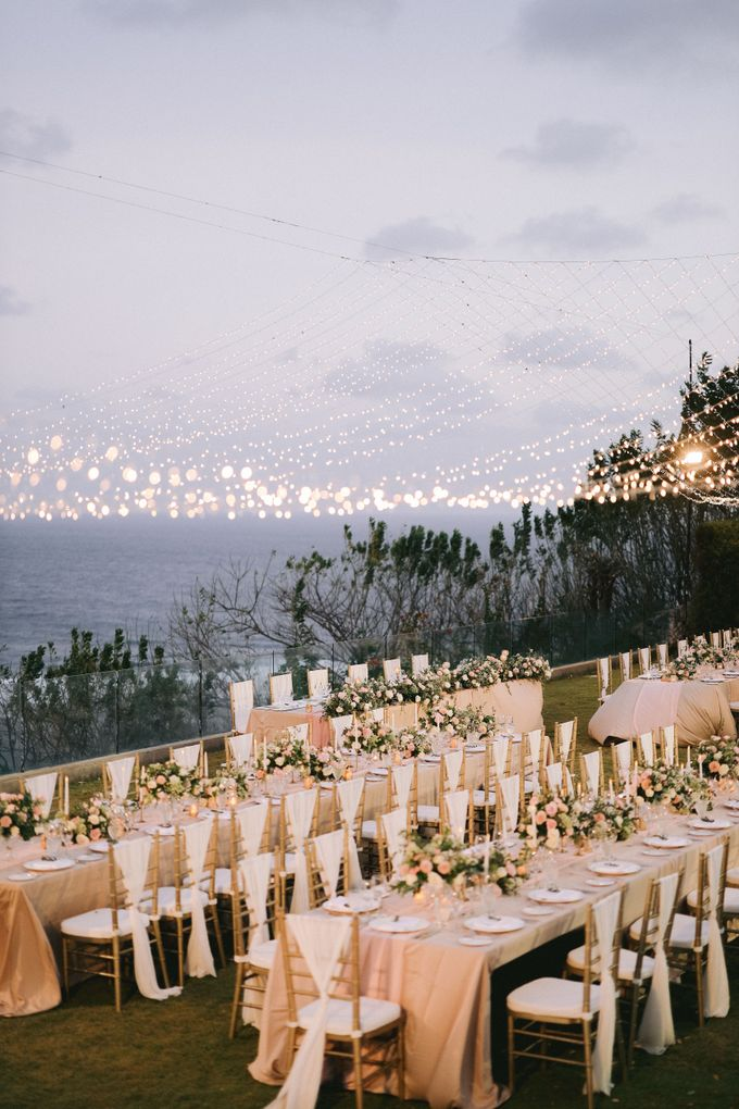 Romantic and Sweet Wedding overlooking the Bali Ocean at Latitude Villa by Silverdust Decoration - 022