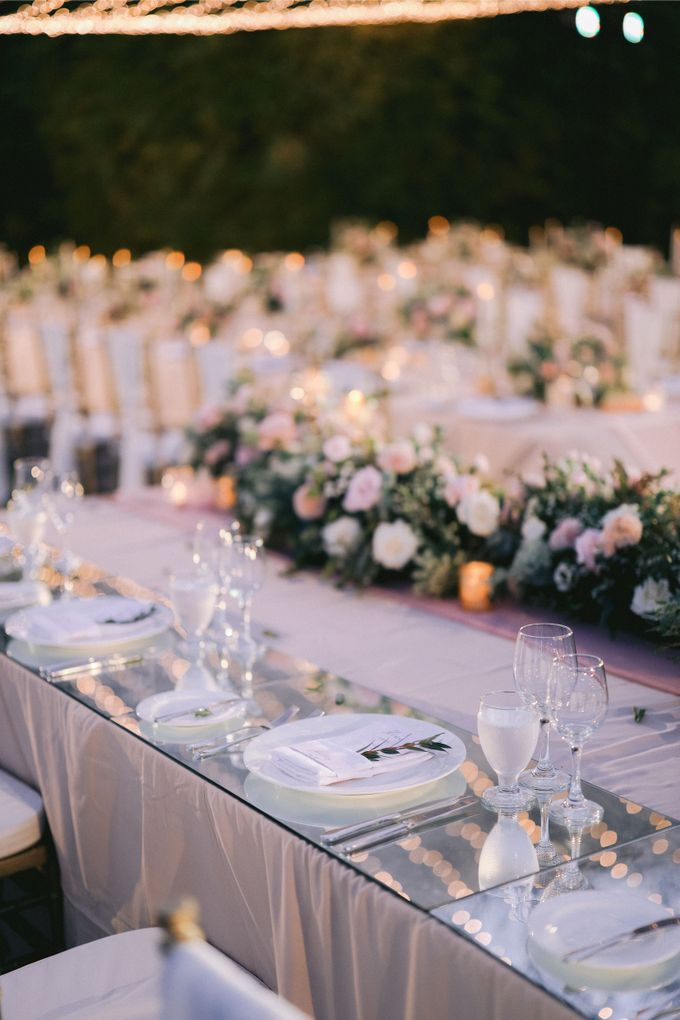 Romantic and Sweet Wedding overlooking the Bali Ocean at Latitude Villa by Silverdust Decoration - 024