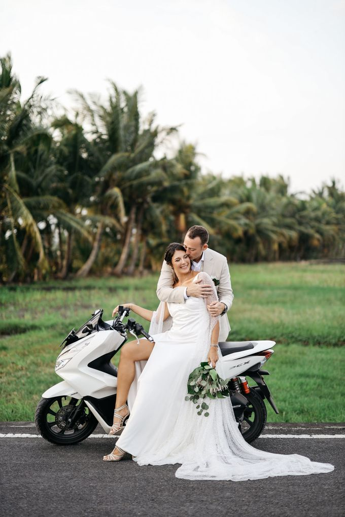 The Wedding of Sarah and Nick - 2nd Album by Villa Vedas - 011