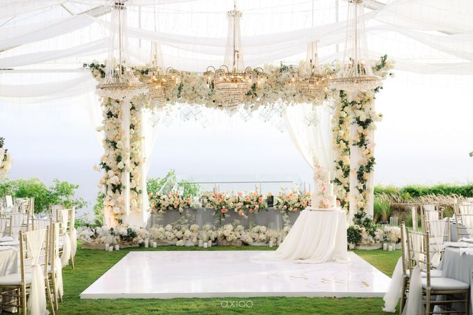 Alfian and Jessliyn Wedding by Six Senses Uluwatu, Bali - 011