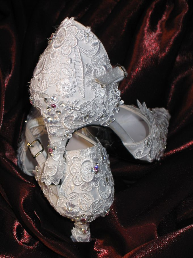BRIDAL SHOES by Pamela Falli - 029