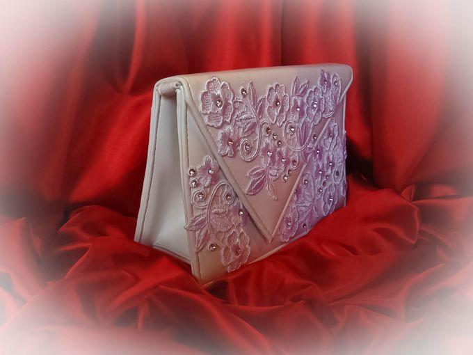 BRIDAL CLUTCHES by Pamela Falli - 027