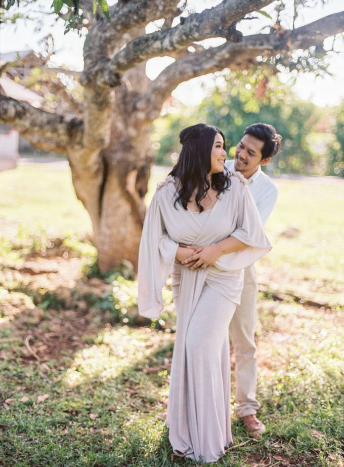 Rian & Kiki Engagement by Arta Photo - 010