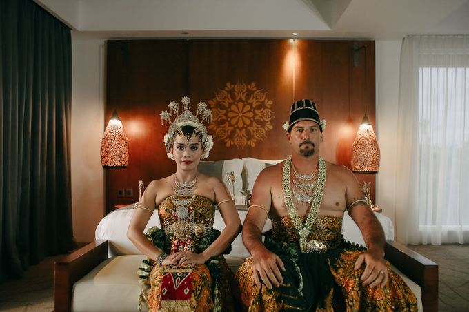 Chad and Lia Wedding by Jimbaran Bay Beach Resort and Spa - 002