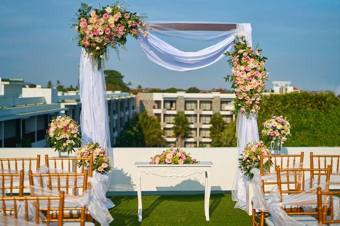 Rooftop Wedding by Courtyard by Marriott Bali Seminyak - 001