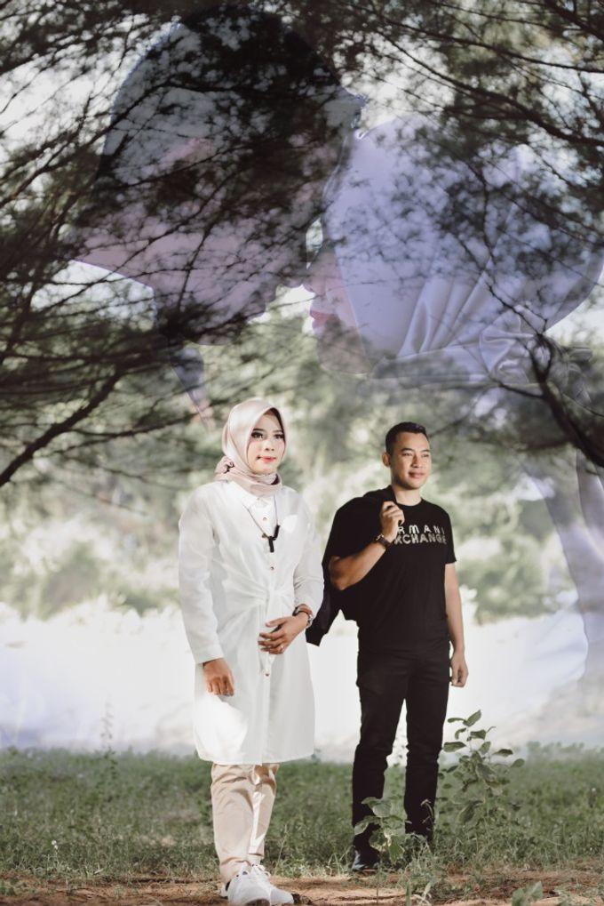 Courtesy of Wahyu & Ozi Prewedding by VMP Creative - 003