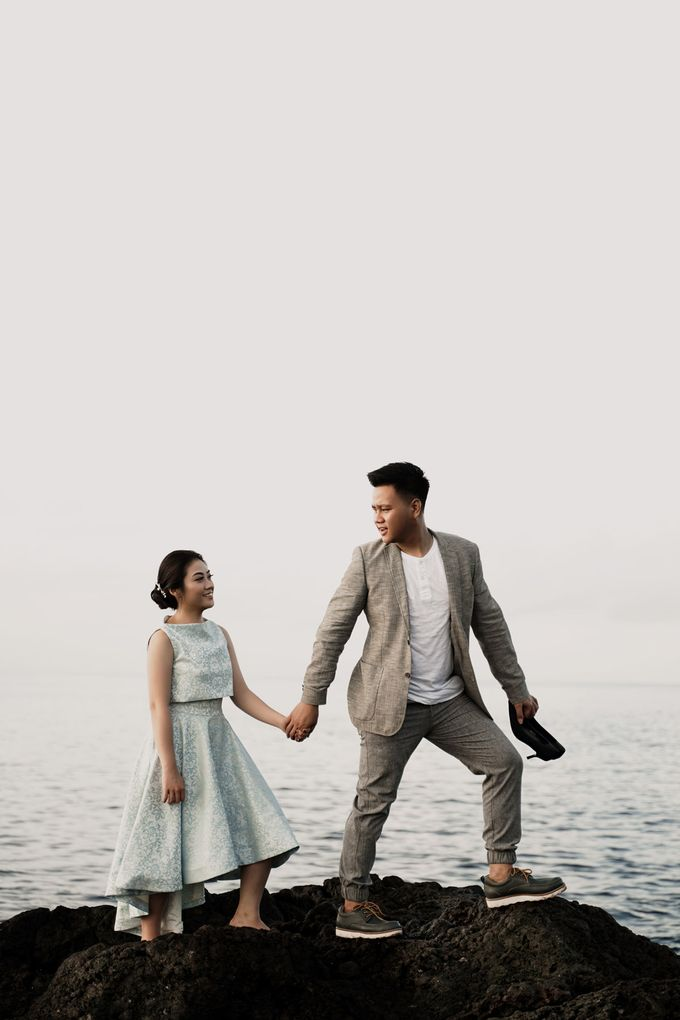 Prewed Revi & Angel by Priceless Wedding Planner & Organizer - 001