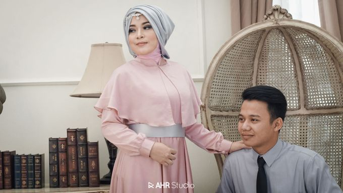 Prewedding Indoor Indra & Asri by AHR Studio - 003