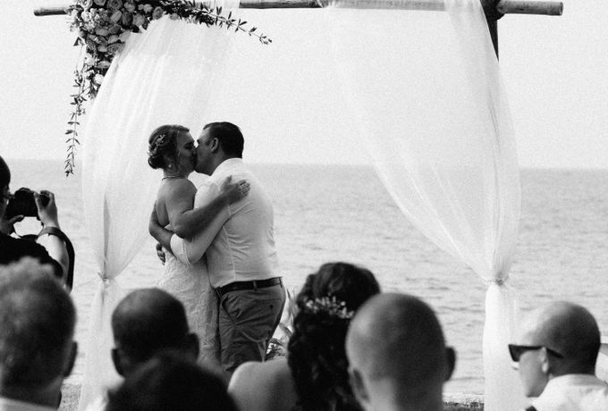 Perry and Karelien at Victoria Hoi An Beach Resort & Spa by Anh Phan Photographer | vietnam weddng photographer - 023