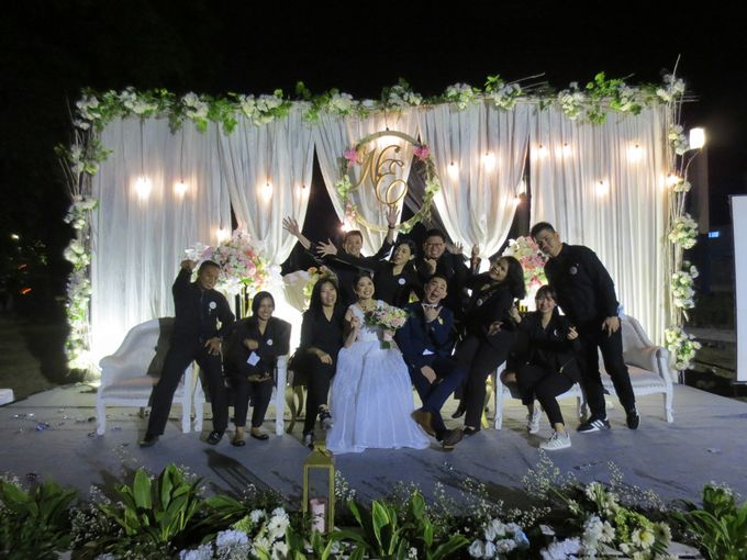 Adi & Emelia Wedding by deVOWed Wedding & Event Planner - 019