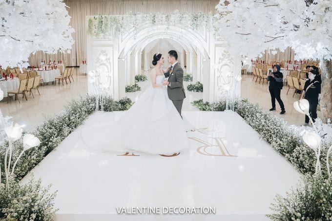 Rizal & Lilis Wedding Decoration by By Laurentialili - 020
