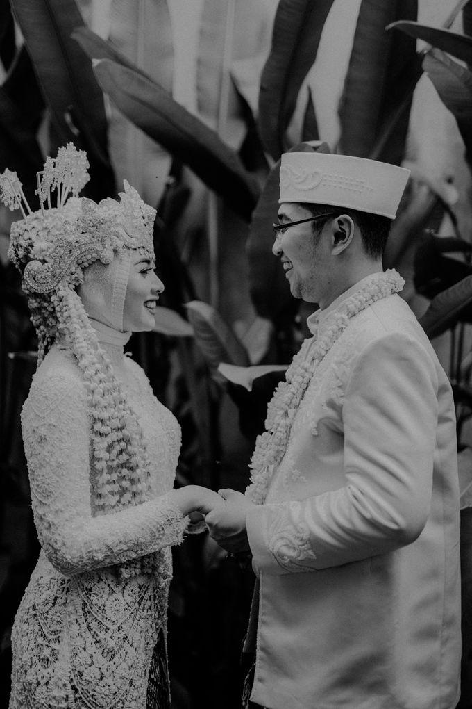 Dheafina & Nur Wedding at Azila Villa by AKSA Creative - 020