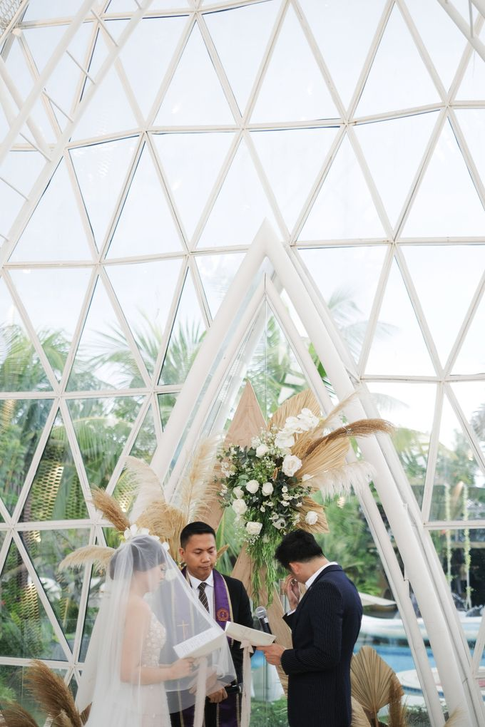 The Wedding of Anthony & Esther by PICTUREHOUSE PHOTOGRAPHY - 027